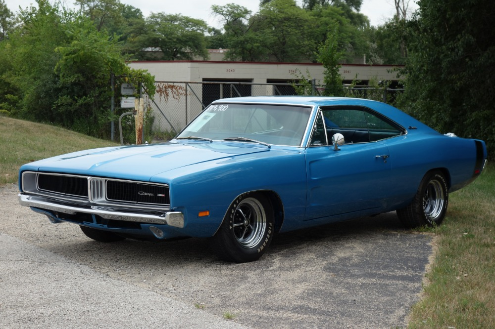 Used 1969 Dodge Charger -CLEARANCE-FRAME UP RESTORED-440 BIG BLOCK-EASY FINANCING-CALIFORNIA MOPAR- | Mundelein, IL