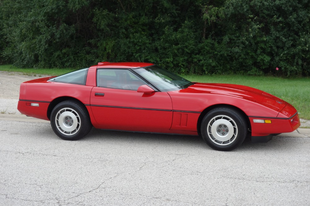 Used 1987 Chevrolet Corvette - 350/4SPEED- DOUBLE RED VETTE - SEE VIDEO | Mundelein, IL