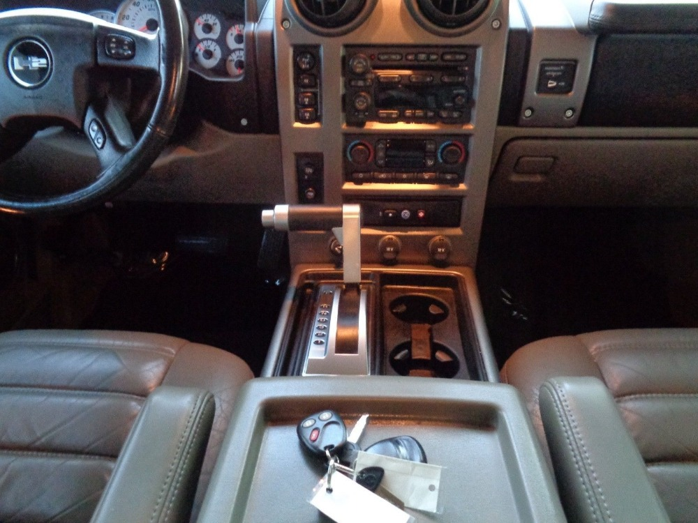 Used 2004 Hummer H2 -WARRANTY YES! CLEAN CARFAX/AUTO CHECK- SUPER CLEAN - 4WD | Mundelein, IL