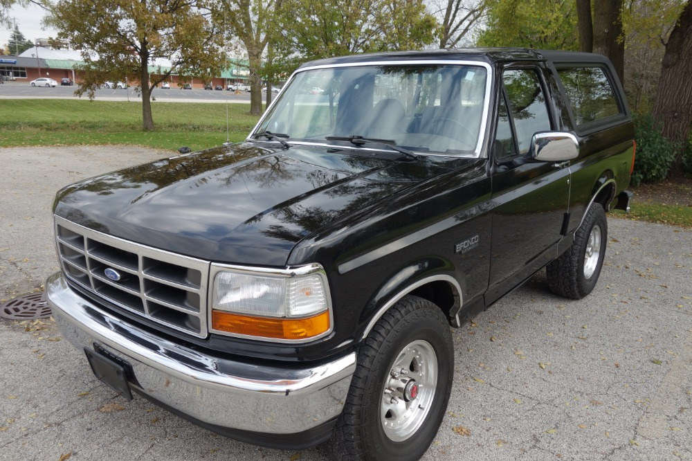 Used 1993 Ford Bronco - SOLID 4X4 RELIABLE WINTER DRIVER- 123K MILES - SEE VIDEO | Mundelein, IL