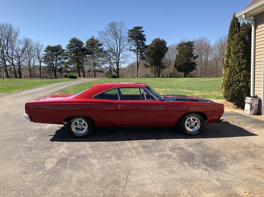 Used 1969 Plymouth Road Runner - 440 - 4 Speed | Mundelein, IL