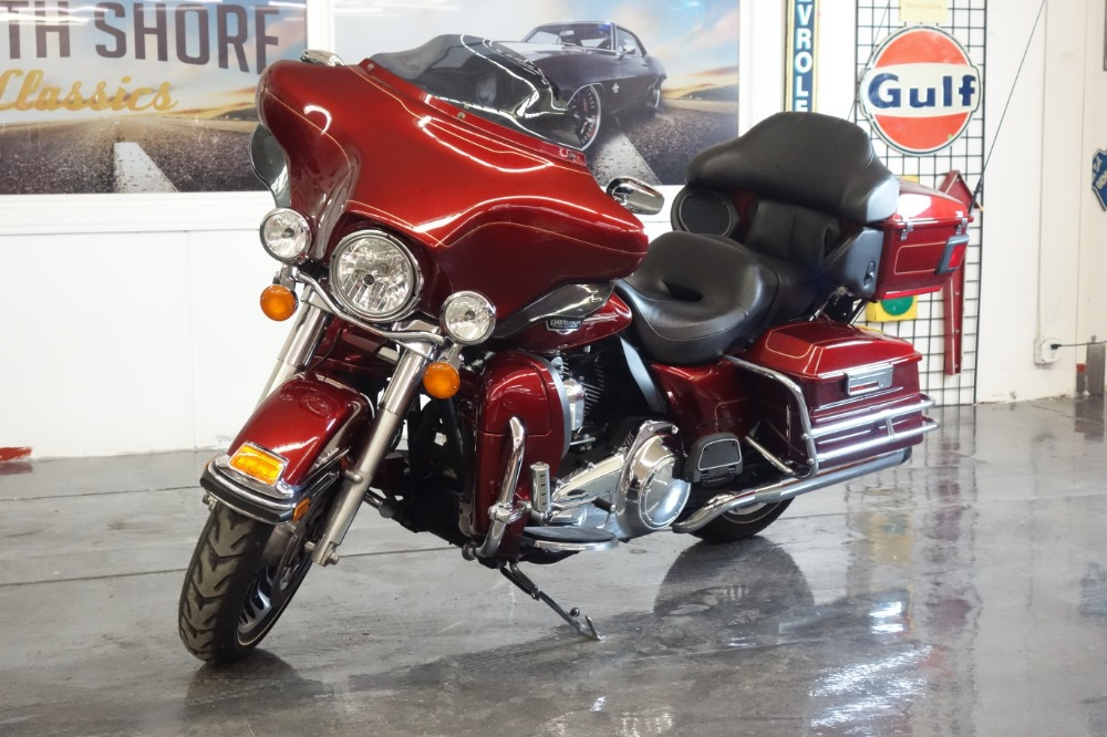 Used 2009 HARLEY DAVIDSON FLHTCU ULTRA CLASSIC-PRICE DROP-SPRING FUN-BUY NOW | Mundelein, IL