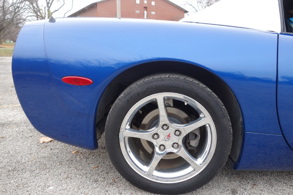 Used 2003 Chevrolet Corvette -SPECIAL EDITION SPECIAL ORDER COLOR COMBO-ONE OWNER-VIDEO | Mundelein, IL