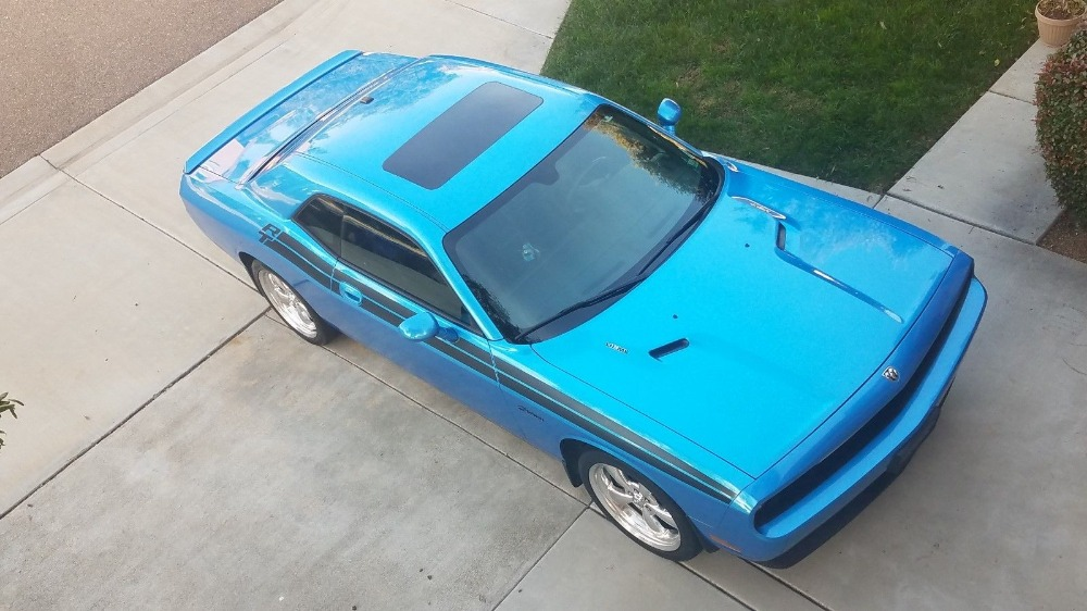 Used 2010 Dodge Challenger -SUNROOF-R/T STRIPE -5.7 HEMI-3 OWNER CAR FROM CA-   Mundelein, IL