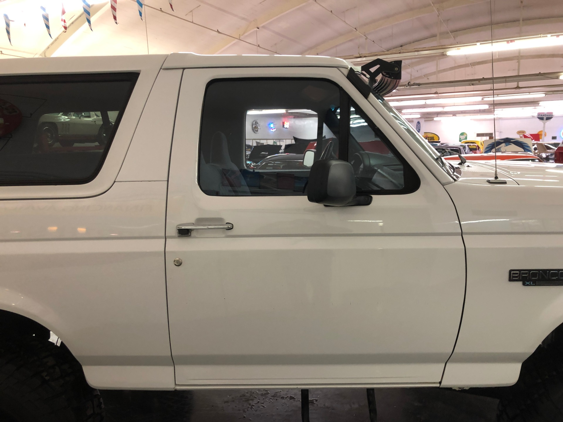 Used 1995 Ford Bronco XL-CLEAN CALIFORNIA VEHICLE-FINANCING OK-CLEAN CARFAX- | Mundelein, IL
