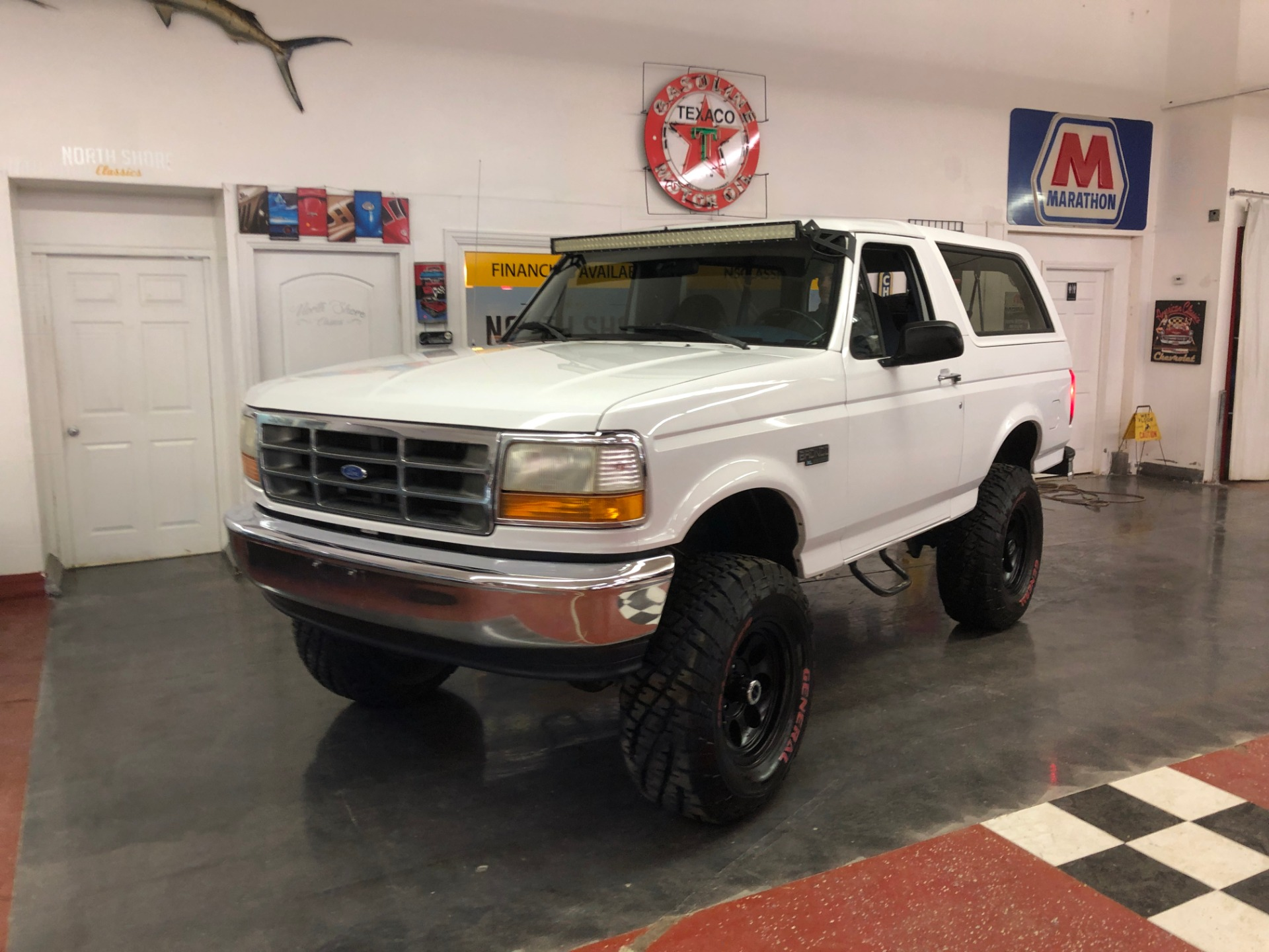 Used 1995 Ford Bronco XL-CLEAN CALIFORNIA VEHICLE-FINANCING OK-CLEAN CARFAX-VIDEO | Mundelein, IL