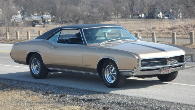 Used 1967 Buick Riviera SOLD-SEE VIDEO--NUMBERS MATCHING SURVIVOR!!!  TRADES OK! | Mundelein, IL