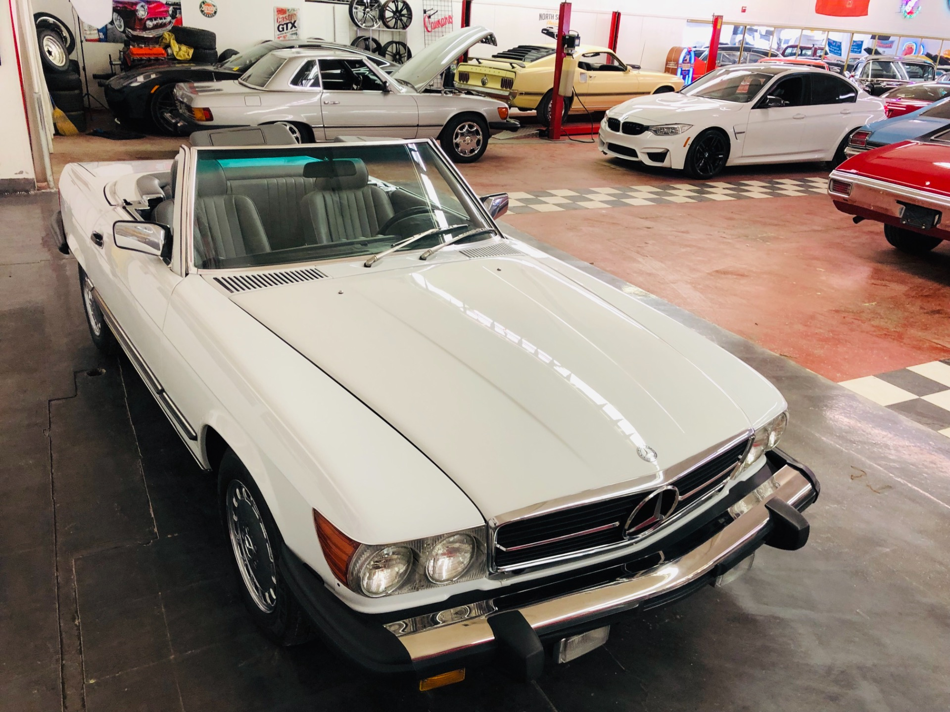 Used 1989 Mercedes Benz SL560 -FINAL YEAR ICONIC ROADSTER/CONVERTIBLE-VIDEO | Mundelein, IL