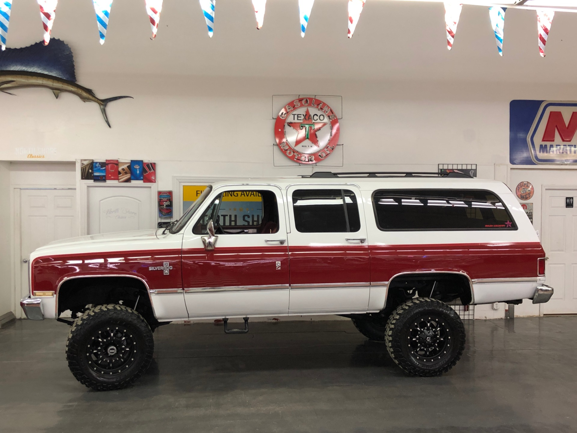 Used 1988 Chevrolet Suburban -Silverado Package-Air conditioning-4X4-3rd Row- VIDEO   Mundelein, IL