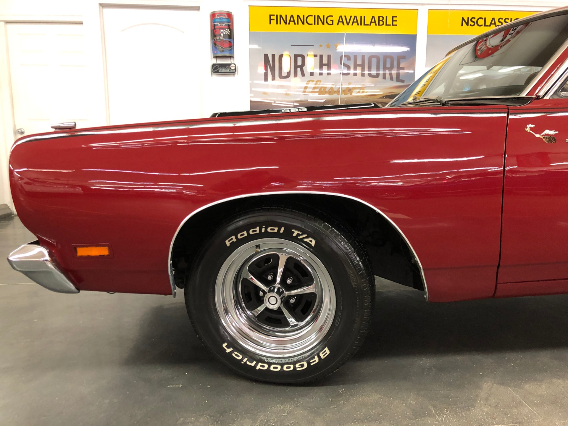 Used 1969 Plymouth RoadRunner -Beep Beep-Real RM23 Code-4 Speed Mopar-VIDEO | Mundelein, IL