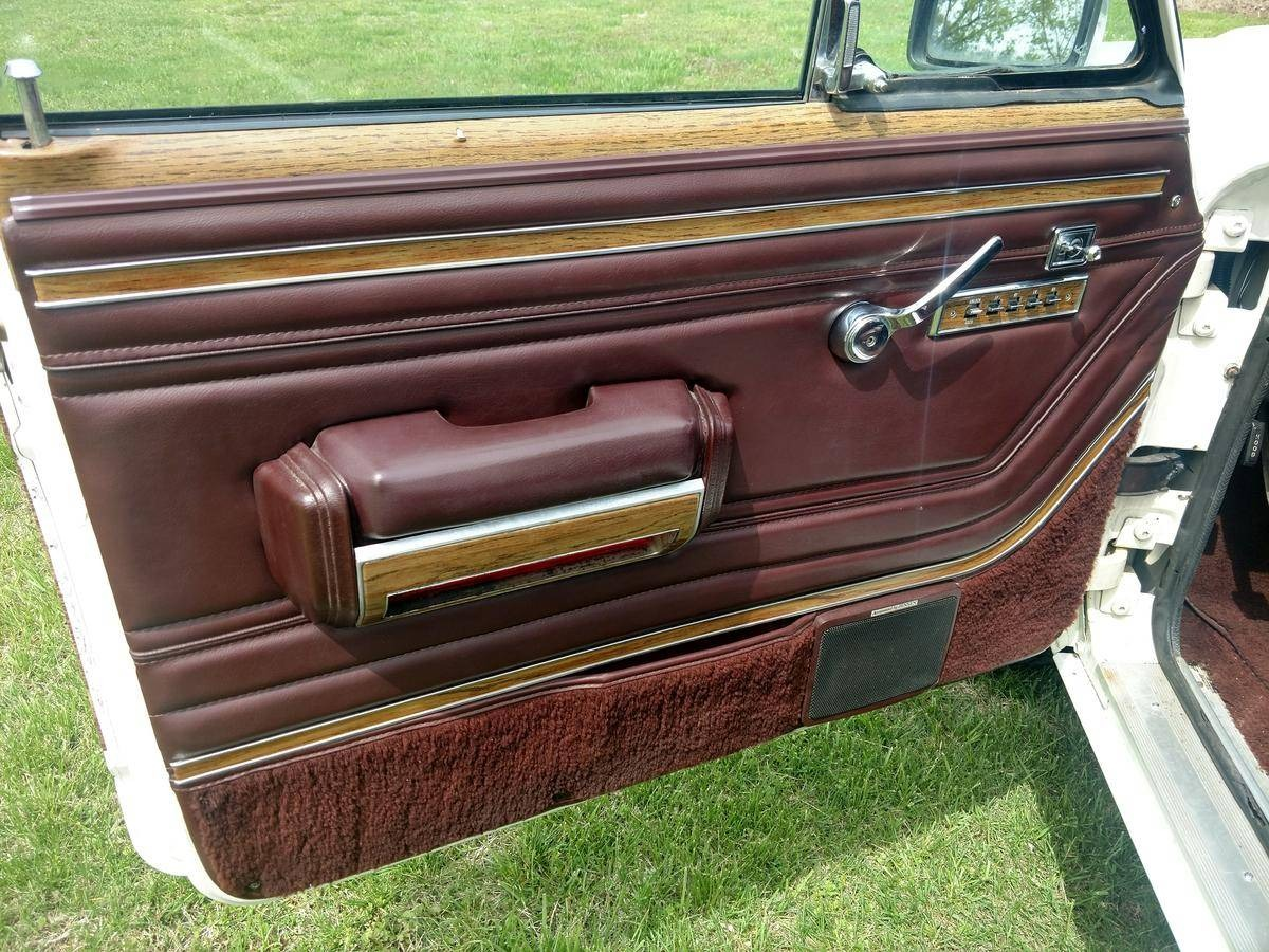 Used 1988 Jeep Grand Wagoneer -FACTORY PAINT- 360 NUMBERS MATCHING- | Mundelein, IL