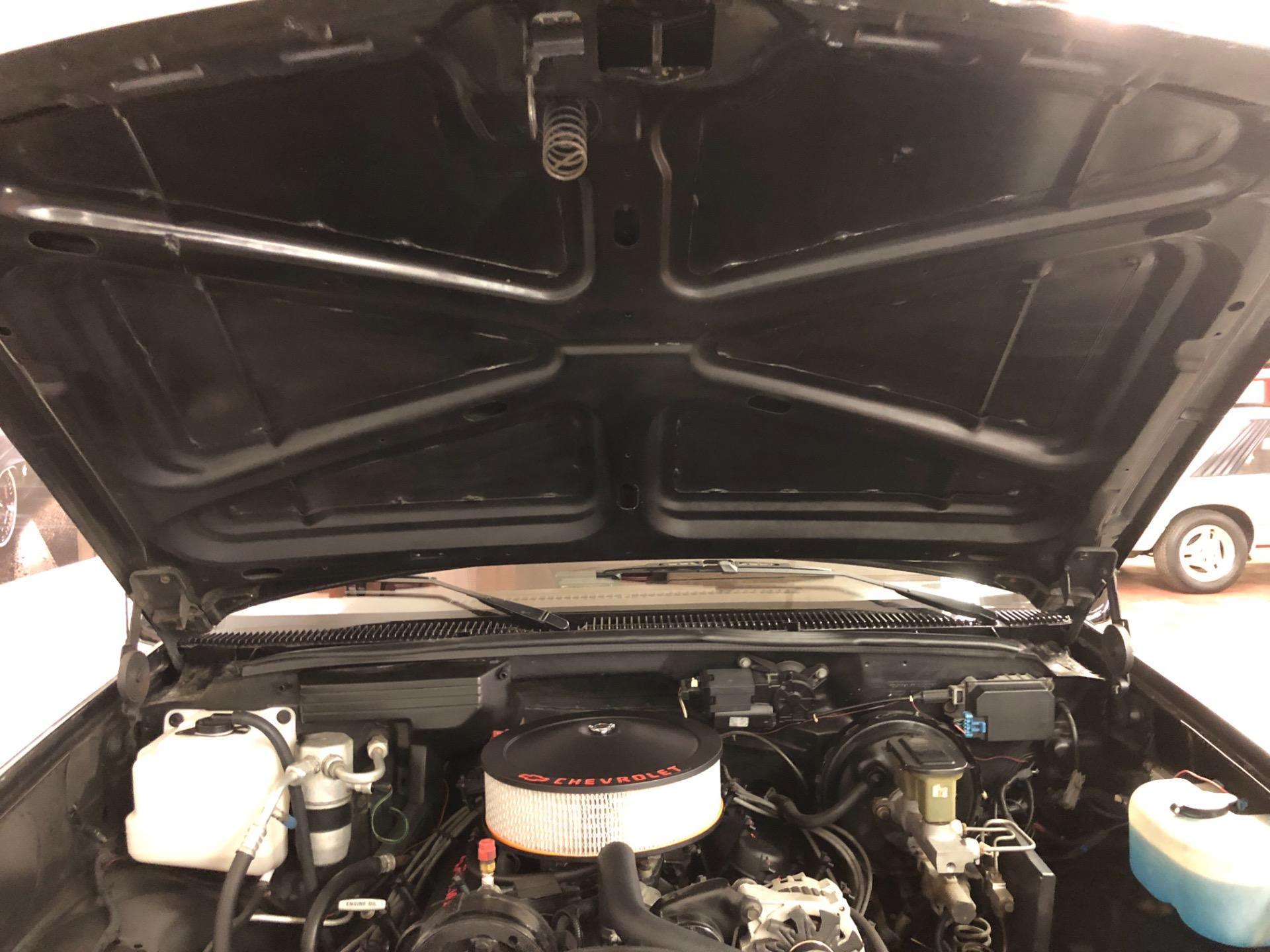 1990 Chevrolet Pickup -454 SS-BLACK PICK UP-REBUILT ENGINE