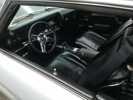 Used 1970 Chevrolet Chevelle -RESTORED CORTEZ SILVER-DYNOED MUSCLE CAR | Mundelein, IL