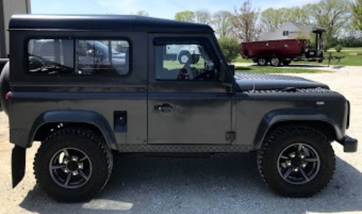 Used 1989 Land Rover Defender 90 -4X4-DIESEL ENGINE-MANUAL TRANS-A MUST SEE-   Mundelein, IL