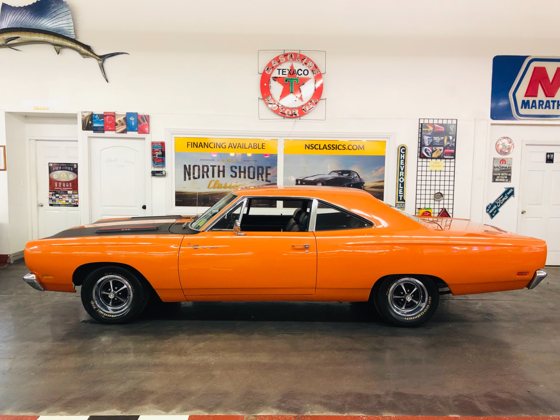 Used 1969 Plymouth Roadrunner -RM CODE ORANGE 440 AUTOMATIC MOPAR-NICE MUSCLE CAR | Mundelein, IL