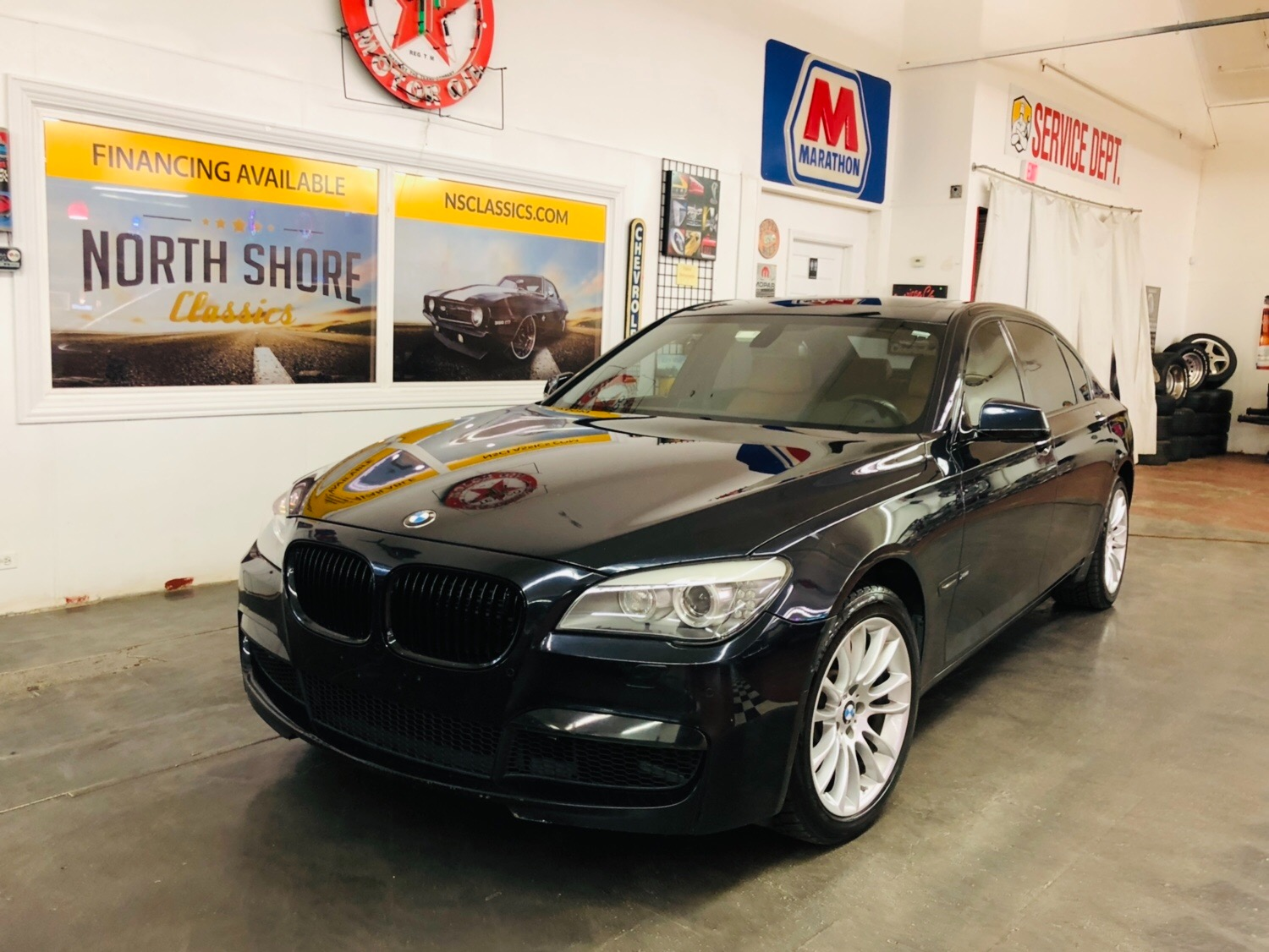 Used 2011 BMW 7 Series 750Li xDrive | Mundelein, IL