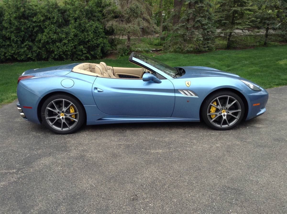 Used 2013 Ferrari California 30 - EXOTIC CONVERTIBLE FUN - | Mundelein, IL