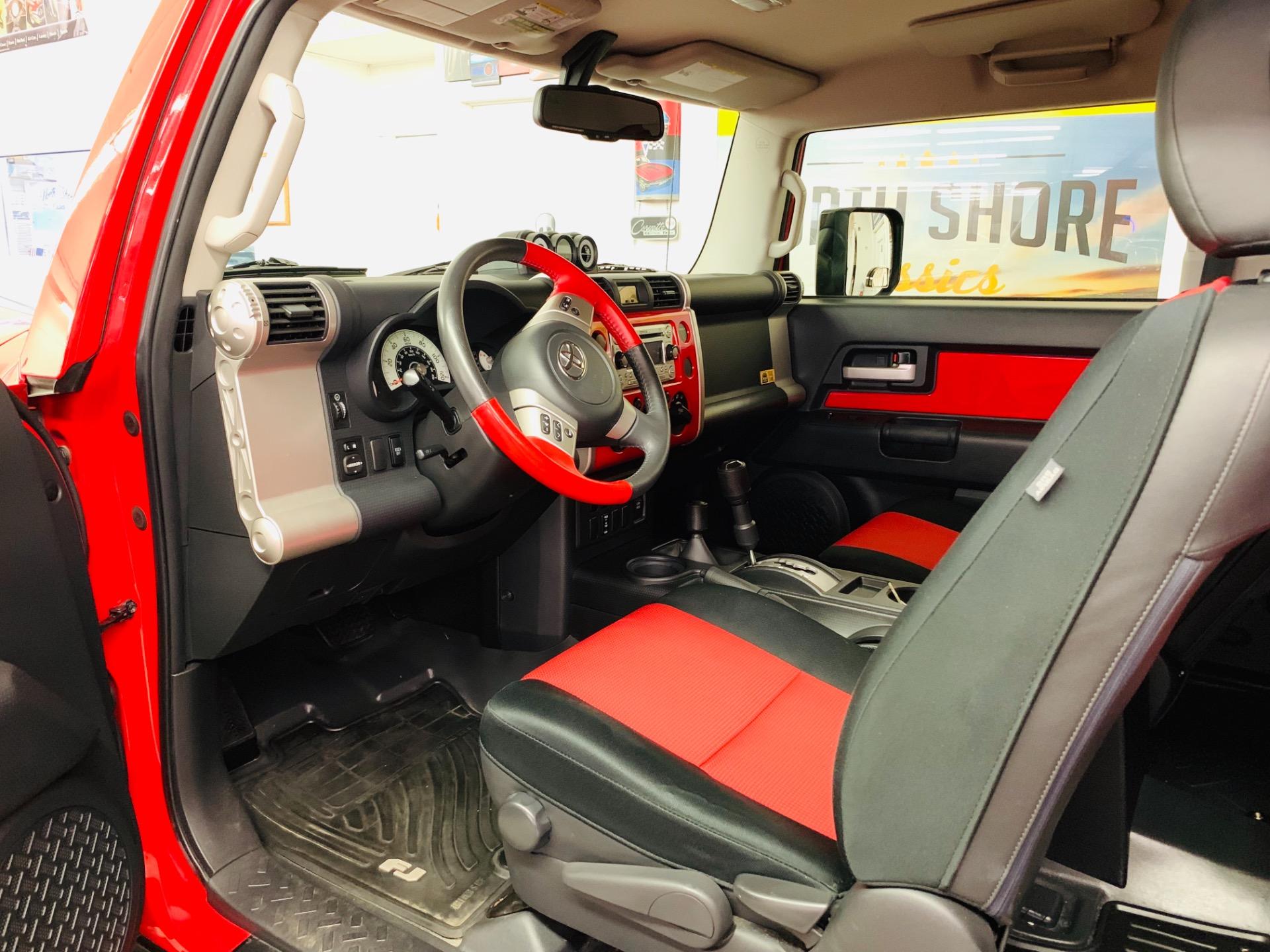 Used 2012 Toyota FJ Cruiser  | Mundelein, IL