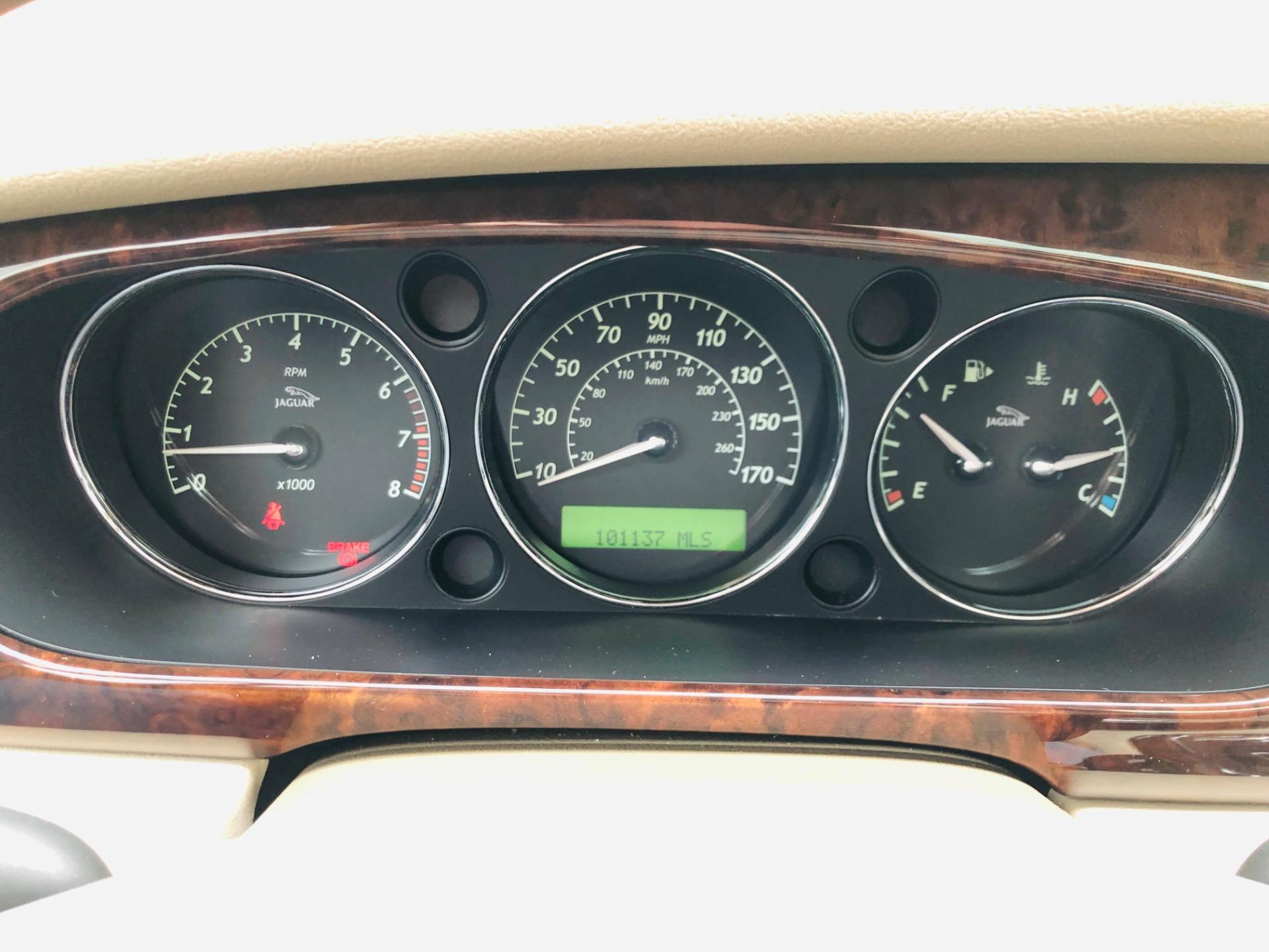 Used 2004 Jaguar XJ-Series XJ8 | Mundelein, IL