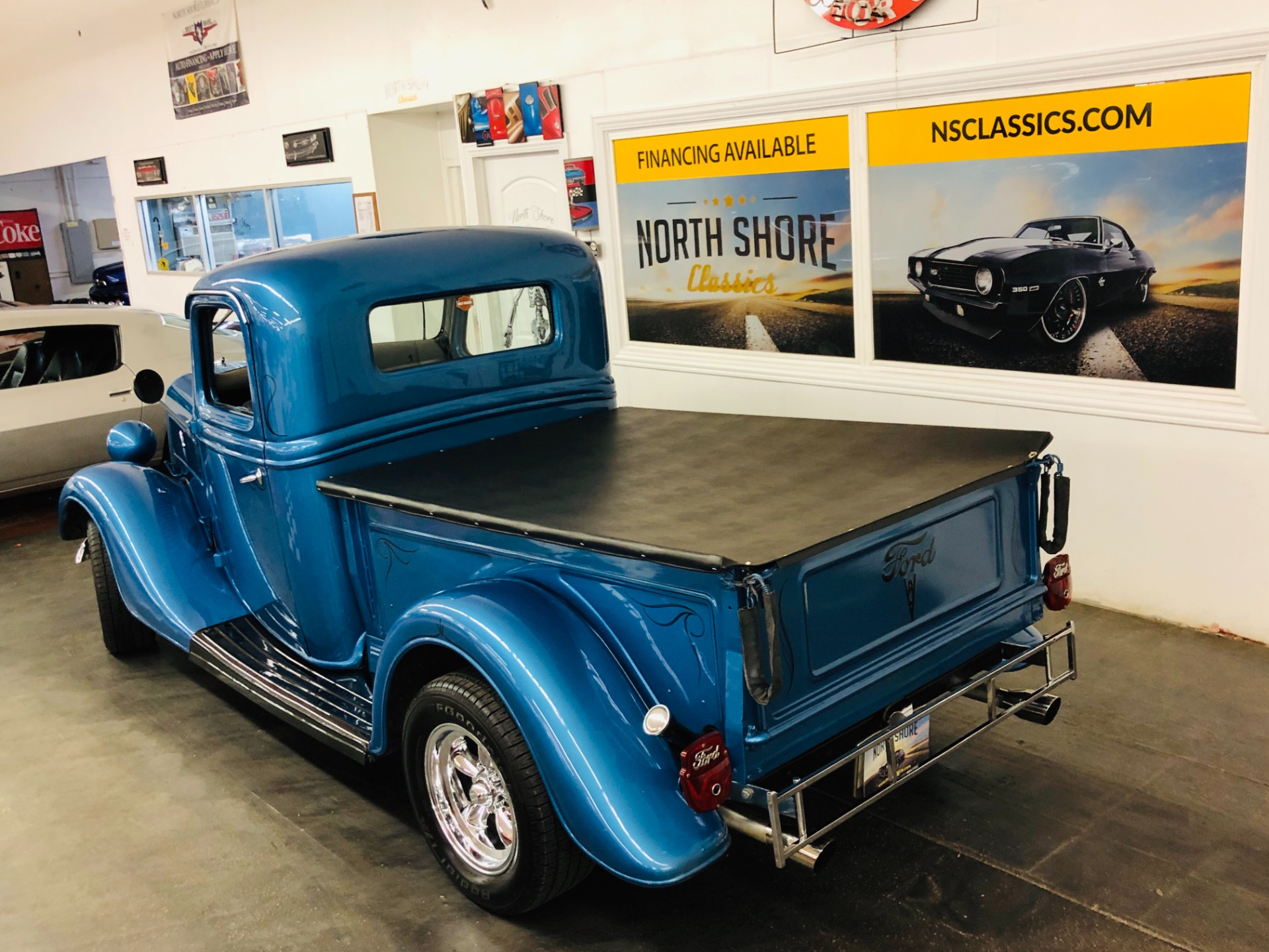 Used 1937 Ford Pickup - HOT ROD TRUCK - 327 V8 - VERY CLEAN BODY - NICE PAINT - SEE VIDEO | Mundelein, IL