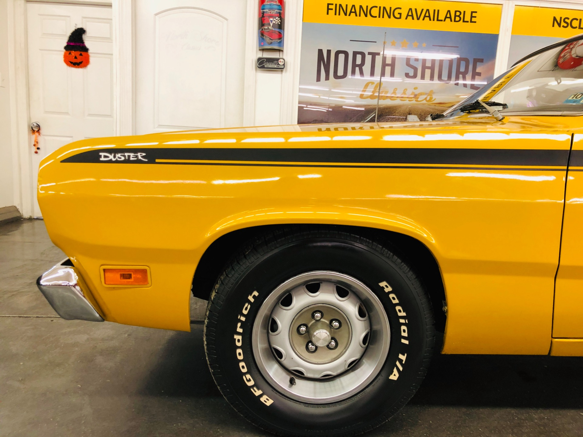 Used 1971 Plymouth Duster - 340 ENGINE - 4 SPEED MANUAL - SUPER CLEAN BODY - SEE VIDEO | Mundelein, IL