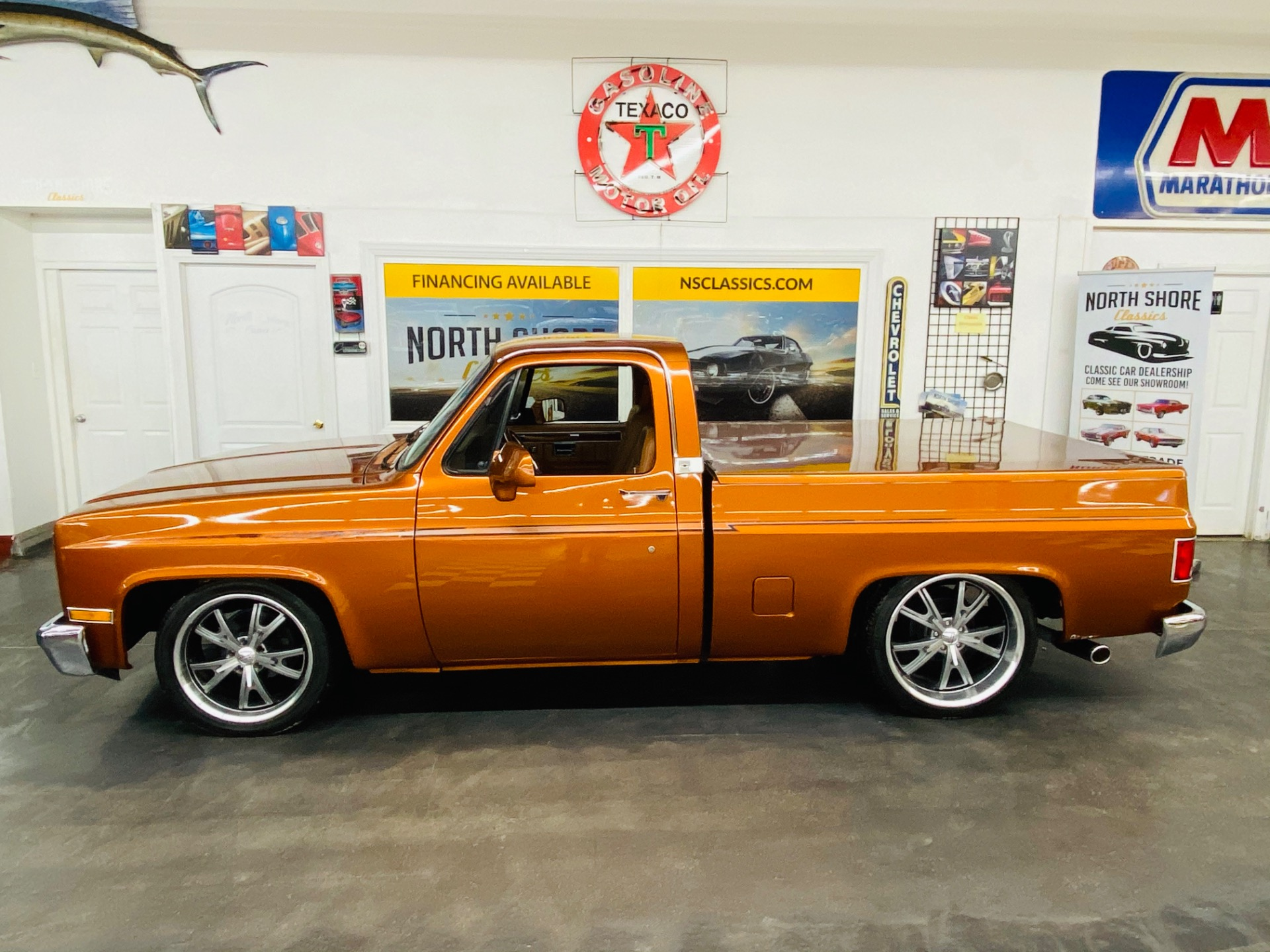 Used 1986 Chevrolet Pickup -C10 SILVERADO - 383 ENGINE - PRO BUILT CUSTOM - SEE VIDEO | Mundelein, IL
