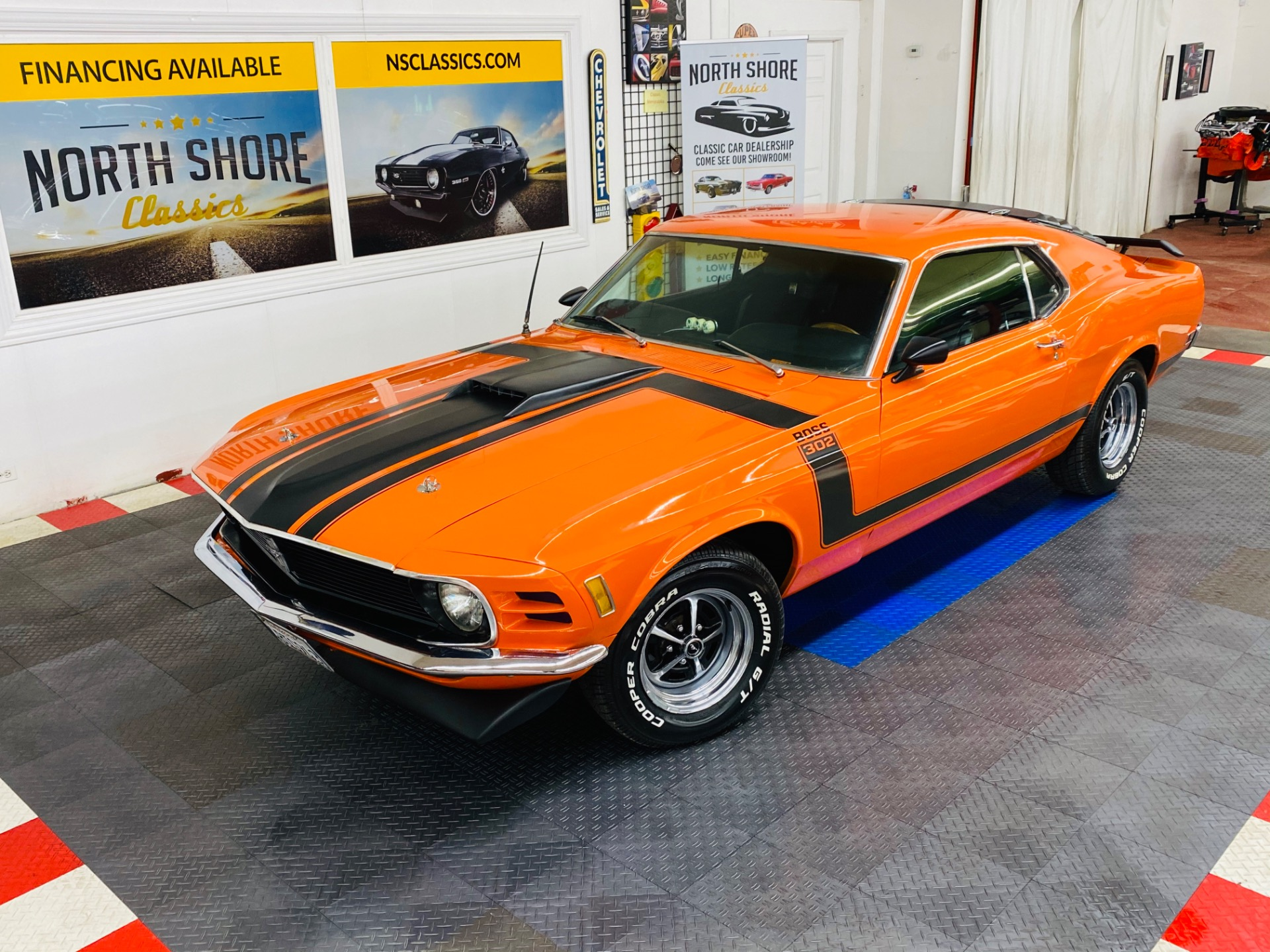 Used 1970 Ford Mustang - SPORTSROOF FASTBACK - BOSS 302 DECALS - AUTO TRANS - | Mundelein, IL