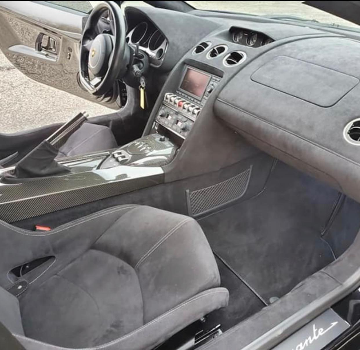 Used 2012 Lamborghini Gallardo -SUPER CAR - VERY CLEAN - PRICED TO SELL -   Mundelein, IL