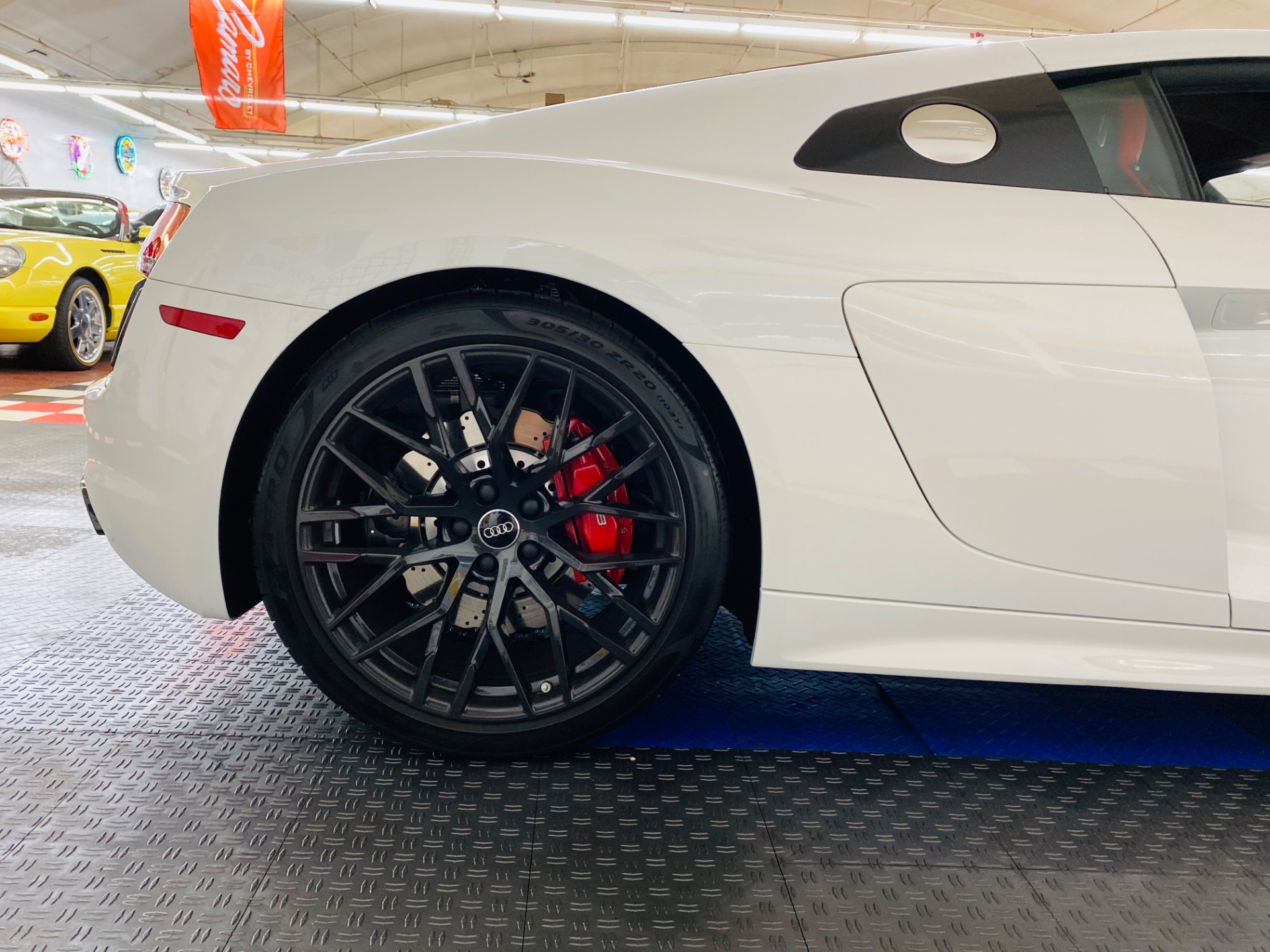 Used 2018 Audi R8 5.2 V10 RWS - SEE VIDEO | Mundelein, IL