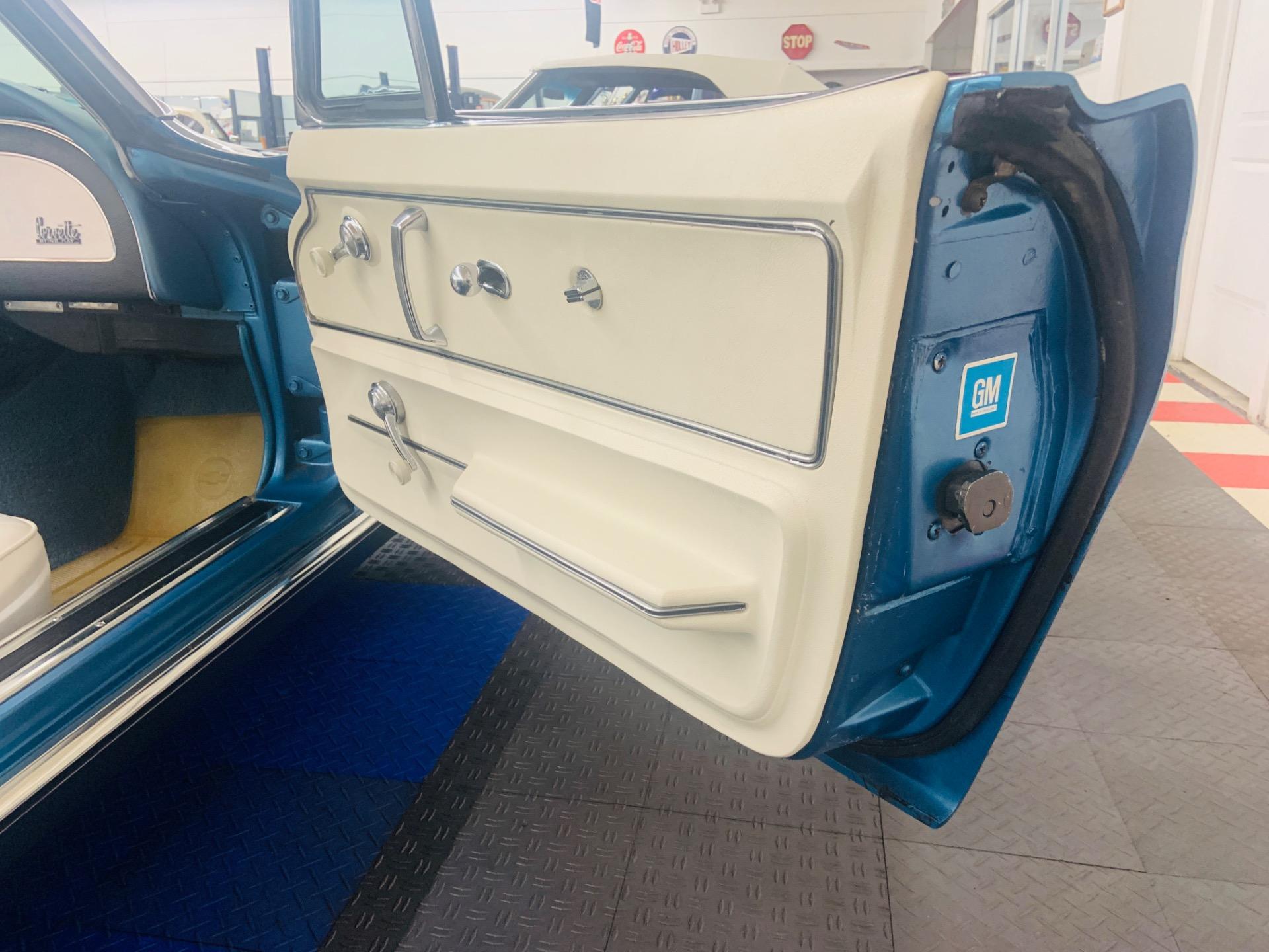 Used 1967 Chevrolet Corvette - CONVERTIBLE - TWO TOPS - 327 V8 - | Mundelein, IL