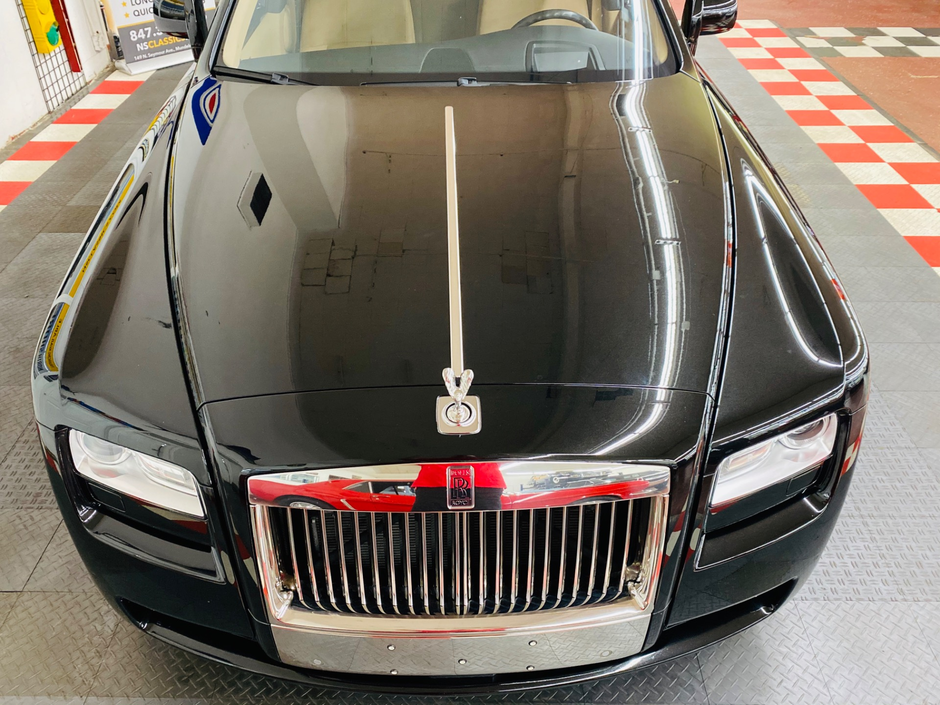 Used 2011 Rolls-Royce Ghost - LUXURY AT ITS FINEST - VERY CLEAN WITH LOW MILES - SEE VIDEO | Mundelein, IL