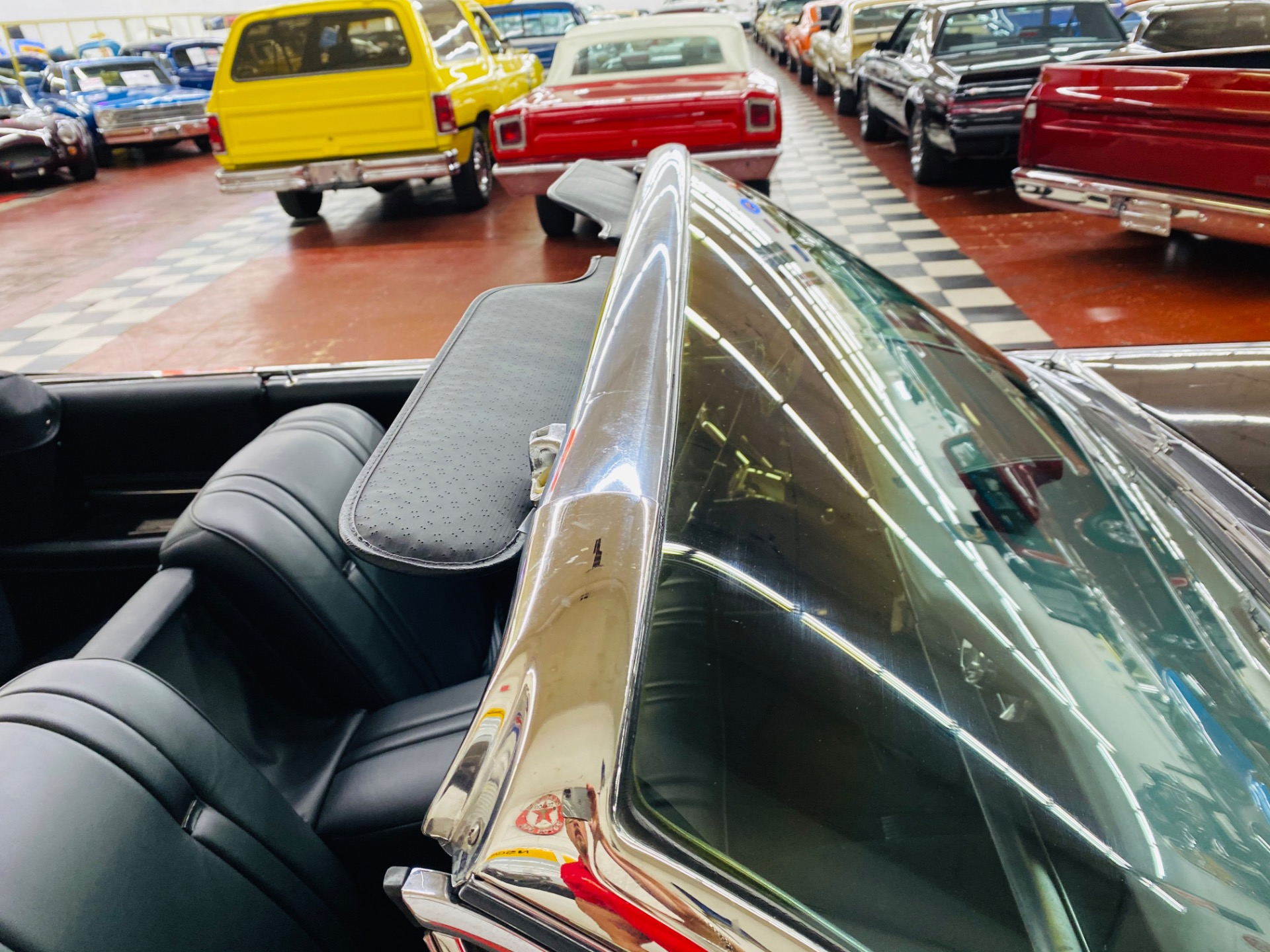 Used 1962 Cadillac Series 62 - CONVERTIBLE - BEAUTIFUL BLACK/WHITE COMBO - RUNS AND DRIVES EXCELLENT - | Mundelein, IL