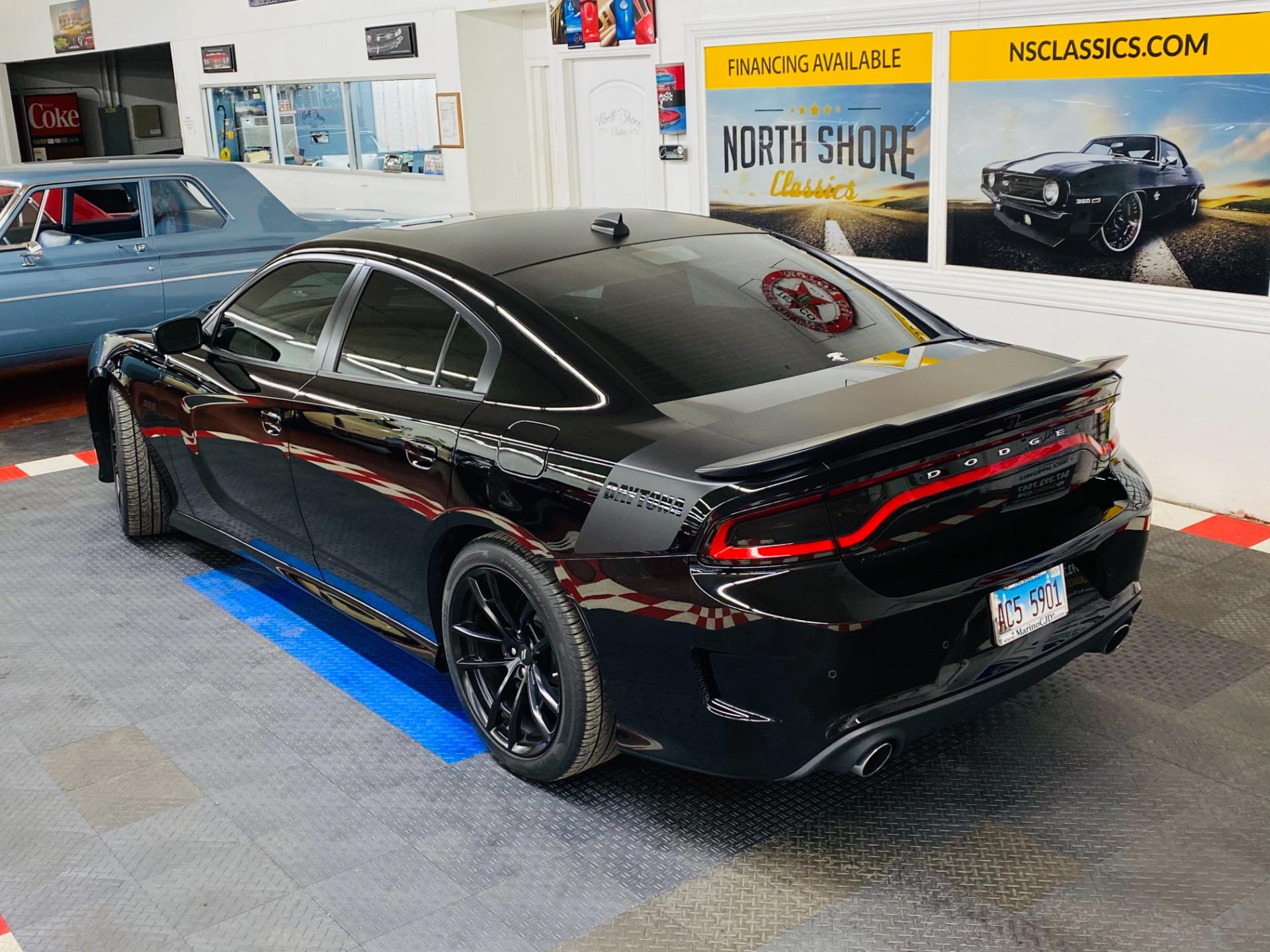Used 2017 Dodge Charger 392 DAYTONA | Mundelein, IL