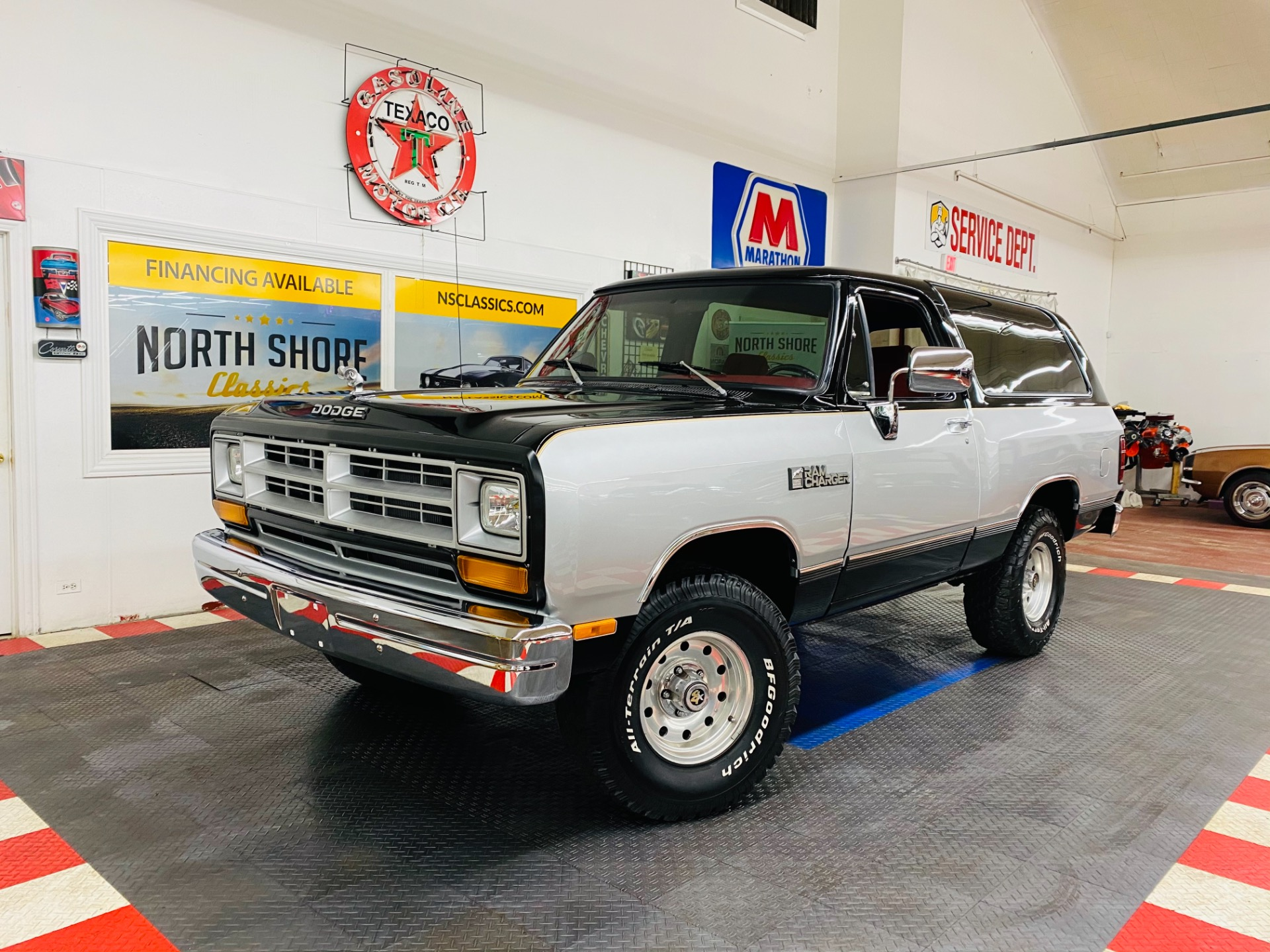 Used 1986 Dodge Ramcharger - 4X4 - NEW PAINT - SUPER CLEAN - SEE VIDEO | Mundelein, IL