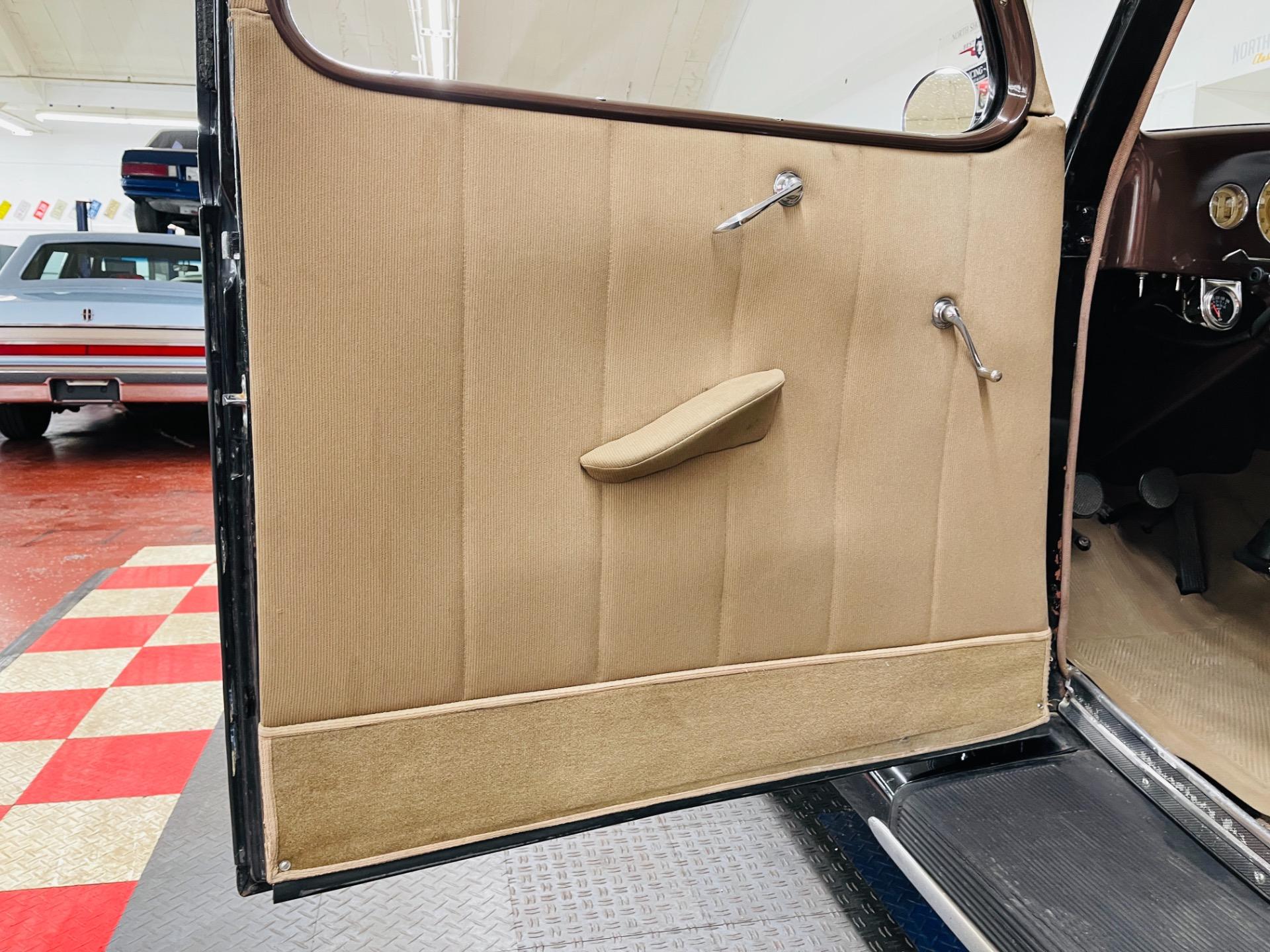 Used 1936 Ford Sedan - 2 DOOR SEDAN - FLATHEAD ENGINE - SEE VIDEO -   Mundelein, IL