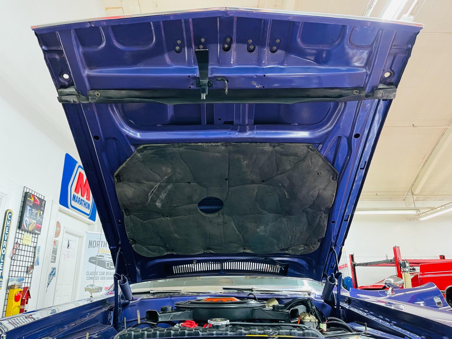 Used 1970 Dodge Challenger - R/T - 383 MAGNUM - FC7 PLUM CRAZY - SEE VIDEO - | Mundelein, IL