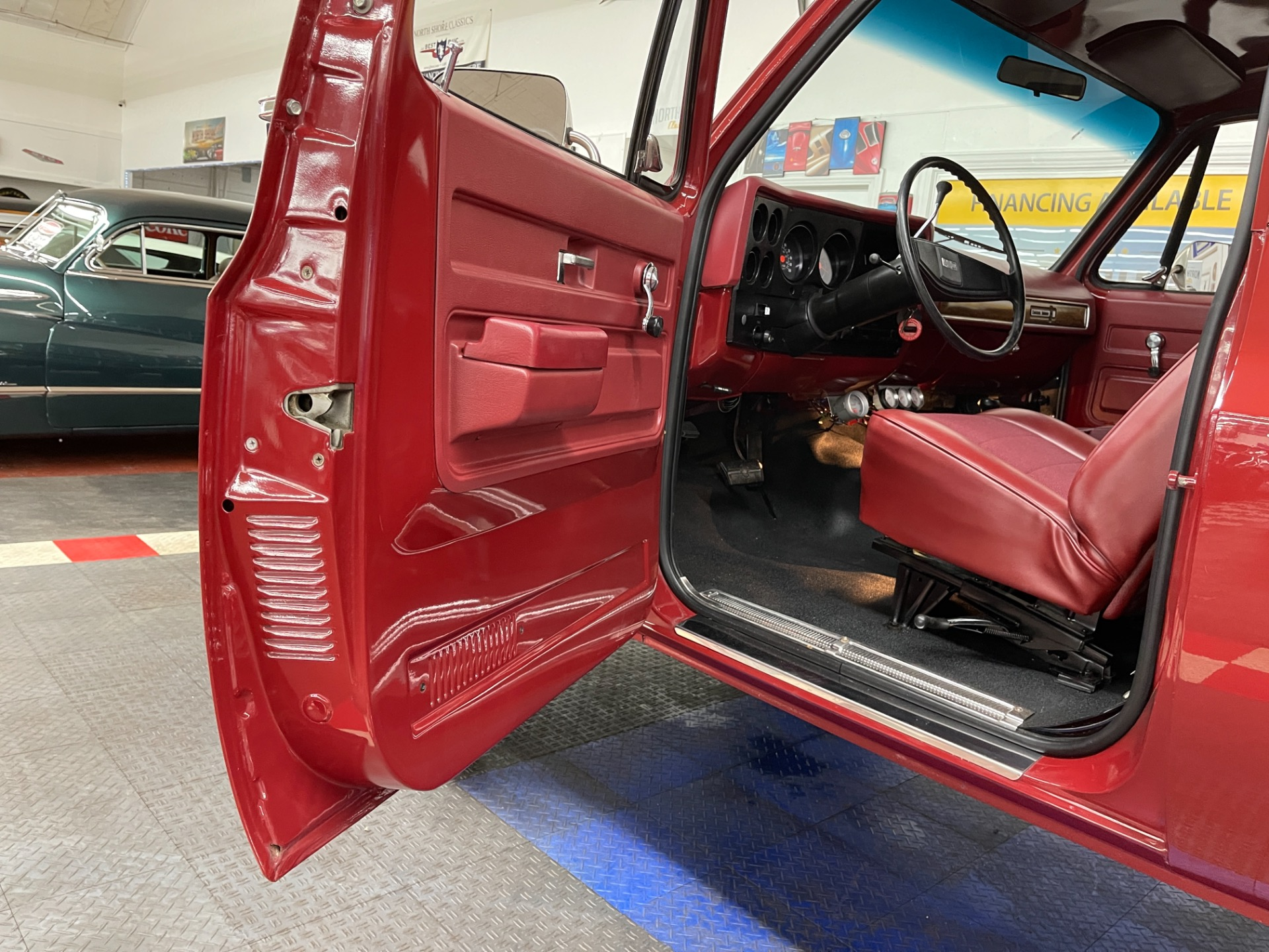 Used 1976 Chevrolet Blazer - K5 4x4 - NEW PAINT - SUPER CLEAN BODY AND FLOORS - SEE VIDEO - | Mundelein, IL