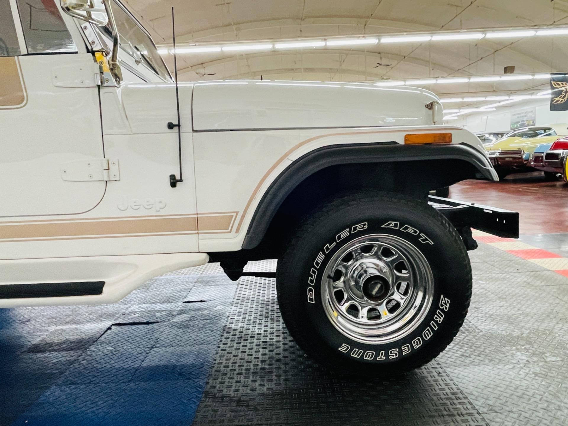 Used 1981 Jeep Scrambler - 4 WHEEL DRIVE - AUTO TRANS - TWO TOPS -   Mundelein, IL