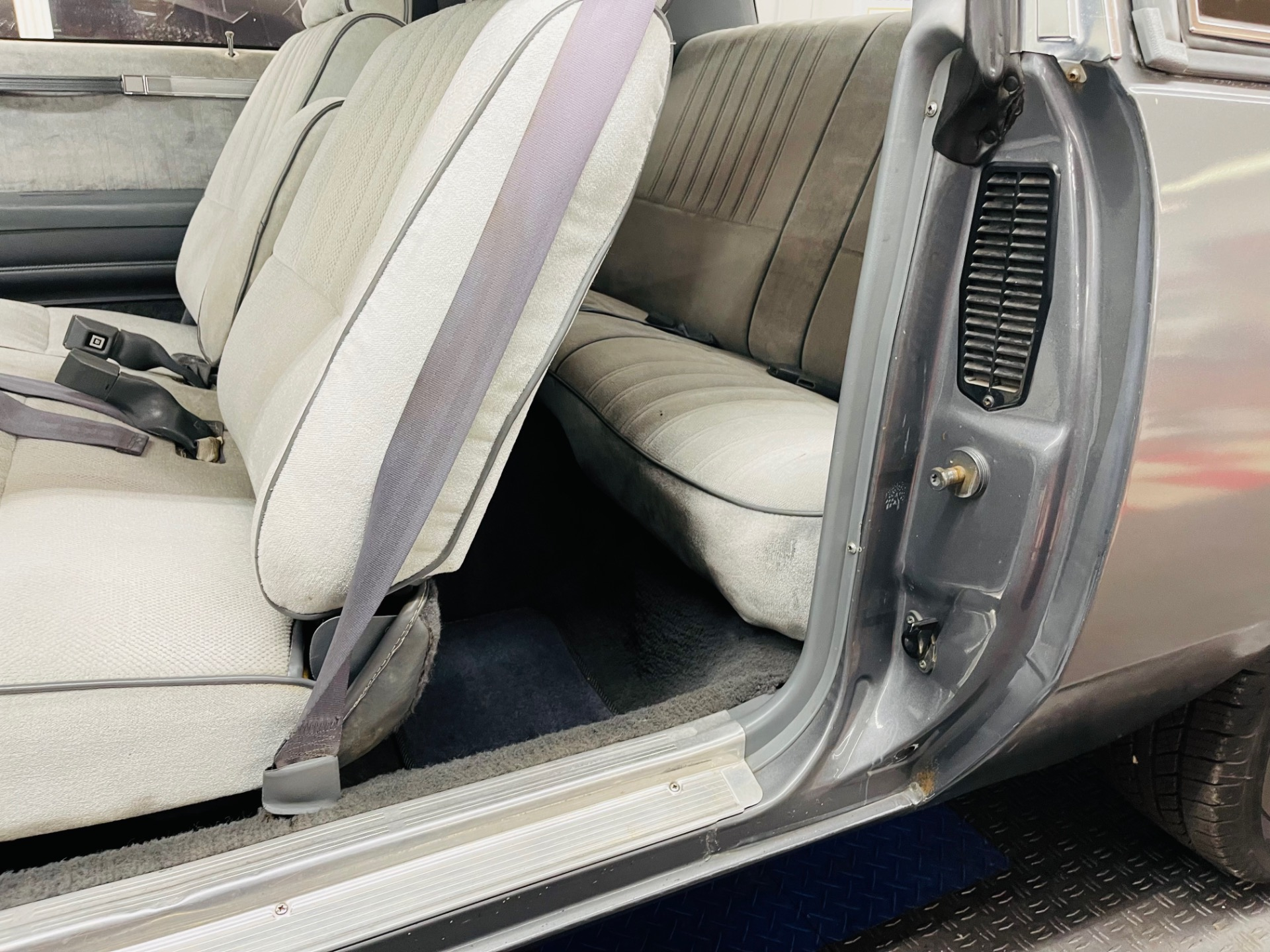 Used 1987 Buick Regal - CLEAN SOUTHERN BODY - SEE VIDEO | Mundelein, IL